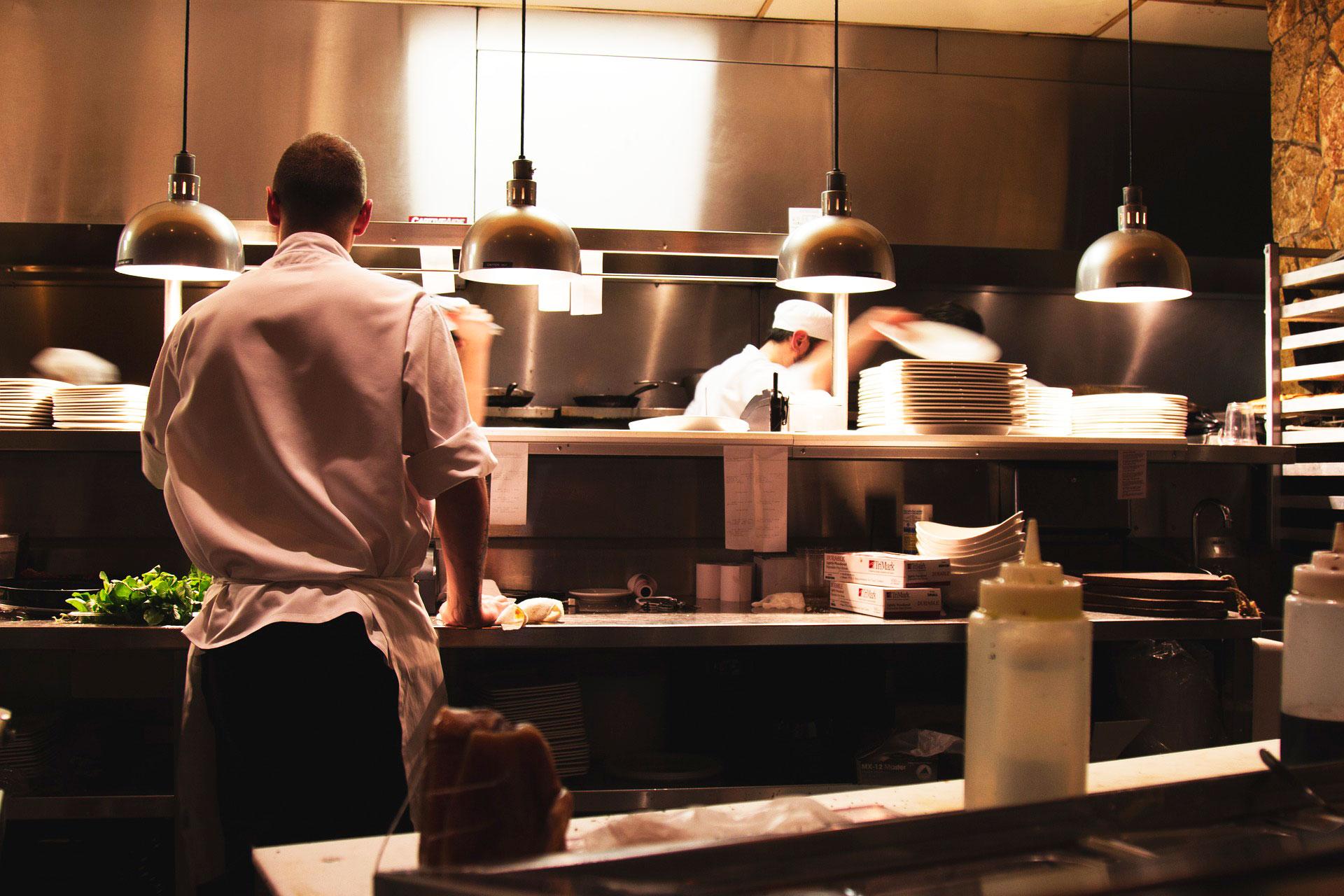 kitchen-731351_1920-brillo-ok