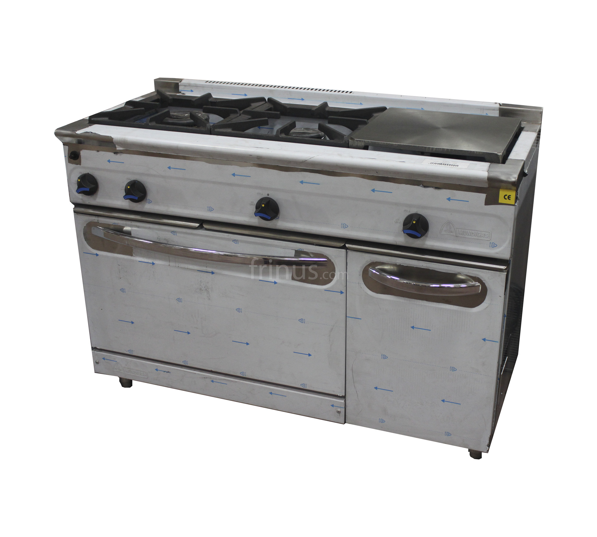 Cocina a gas 3 fuegos con horno maquinaria hosteler a for Horno hosteleria segunda mano